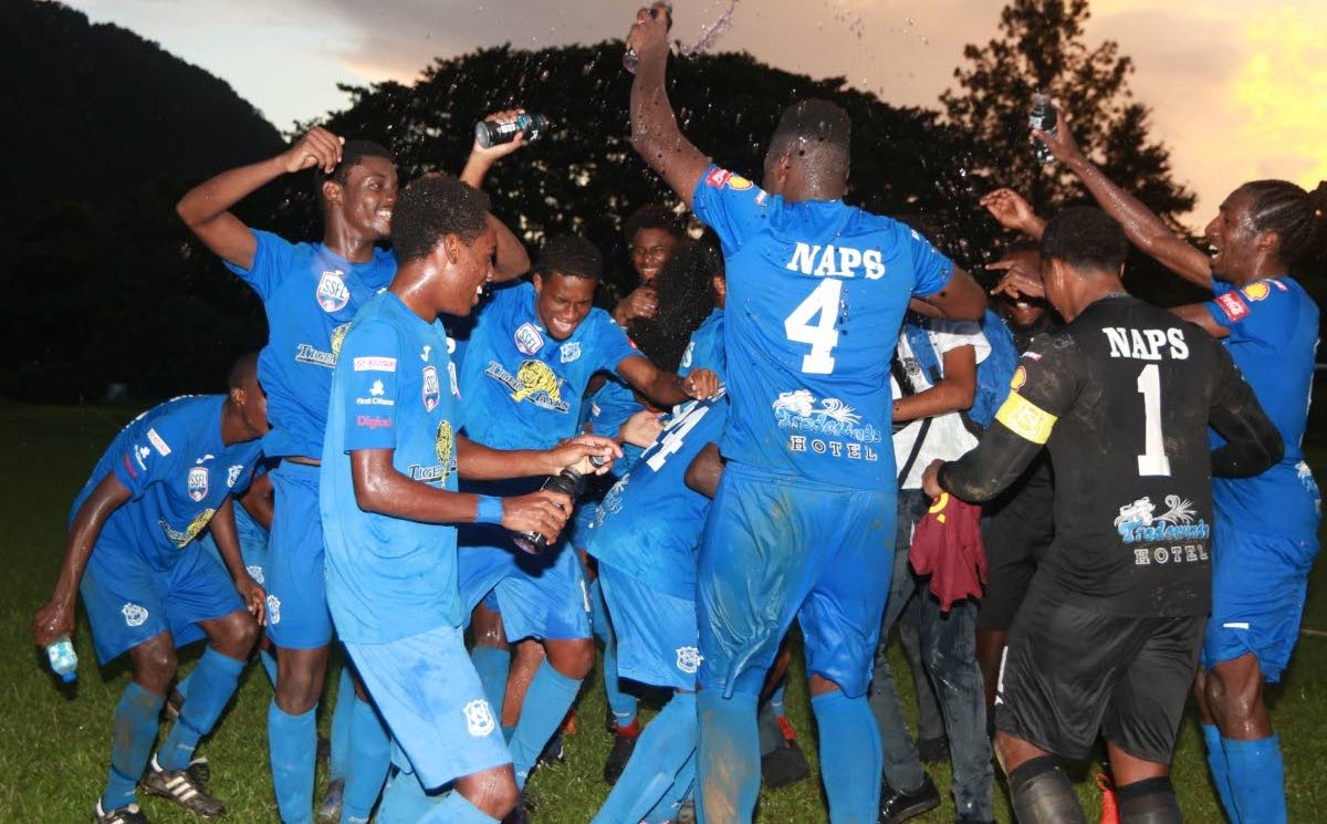 Champs 'Naps' start Intercol title quest.