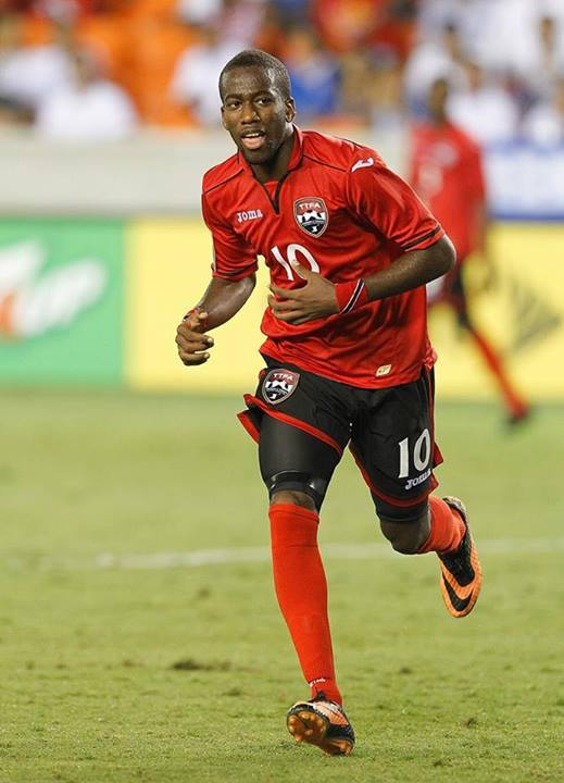 Molino spends time with T&T team ahead of Gold Cup opener.