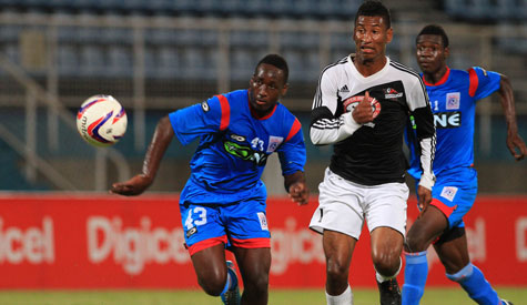 Tricking Plaza leads Central second; 10-man Army downs Jabloteh.
