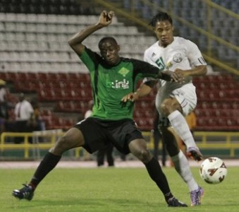 FLASHBACK - Robert Primus (Jabloteh) vs Connection's Shahdon Winchester.