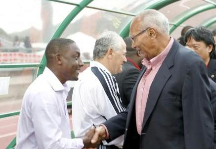 SHAKING HANDS: President George Maxwell Richards shakes the hand of Trinidad and Tobago team coach Russell Latapy prior to Saturday's game against Costa Rica at the Dwight Yorke Stadium in Bacolet, Tobago.The Warriors went under to Costa Rica in the World Cup qualifier. ...Author: SUREASH CHOLAI