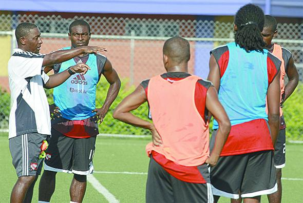 Latapy instructing players.