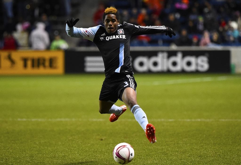 Joevin Jones vs New England Revolution