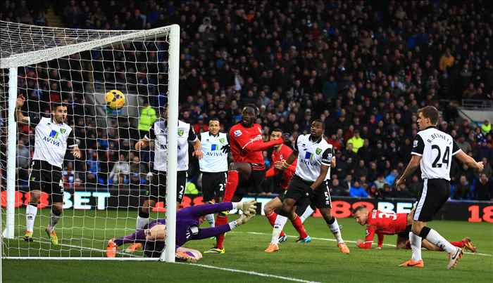 Kenwyne Jones scores on his debut for Cardiff City against Norwich City