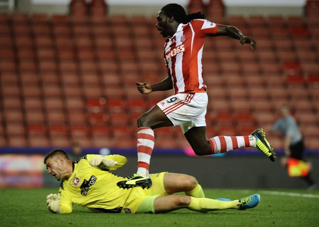 Kenwyne Jones vs Walsall