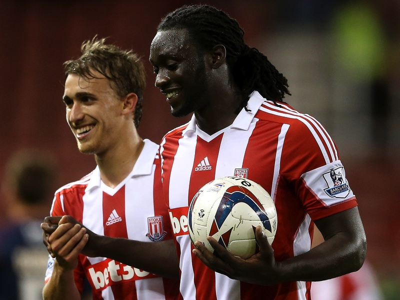 Kenwyne Jones against Walsall with match ball