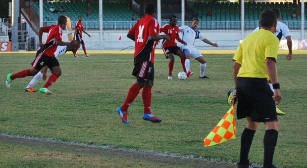 Trinidad returns to Caribbean final on penalties.