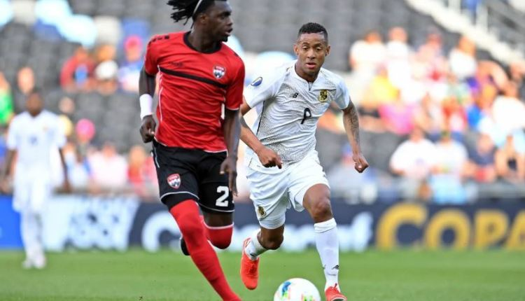 Panama´s Gabriel Torres (#9) and Aubrey Rudolph Roberts of Trinidad and Tobago in action in a Group D match of the Concacaf Gold Cup on June 18, 2019 at the Allianz Field in Saint Paul, Minnesota, USA (Photo: Concacaf)