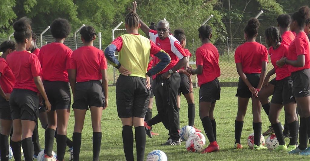 Under 15 Girls keep on working ahead of CONCACAF Championship.