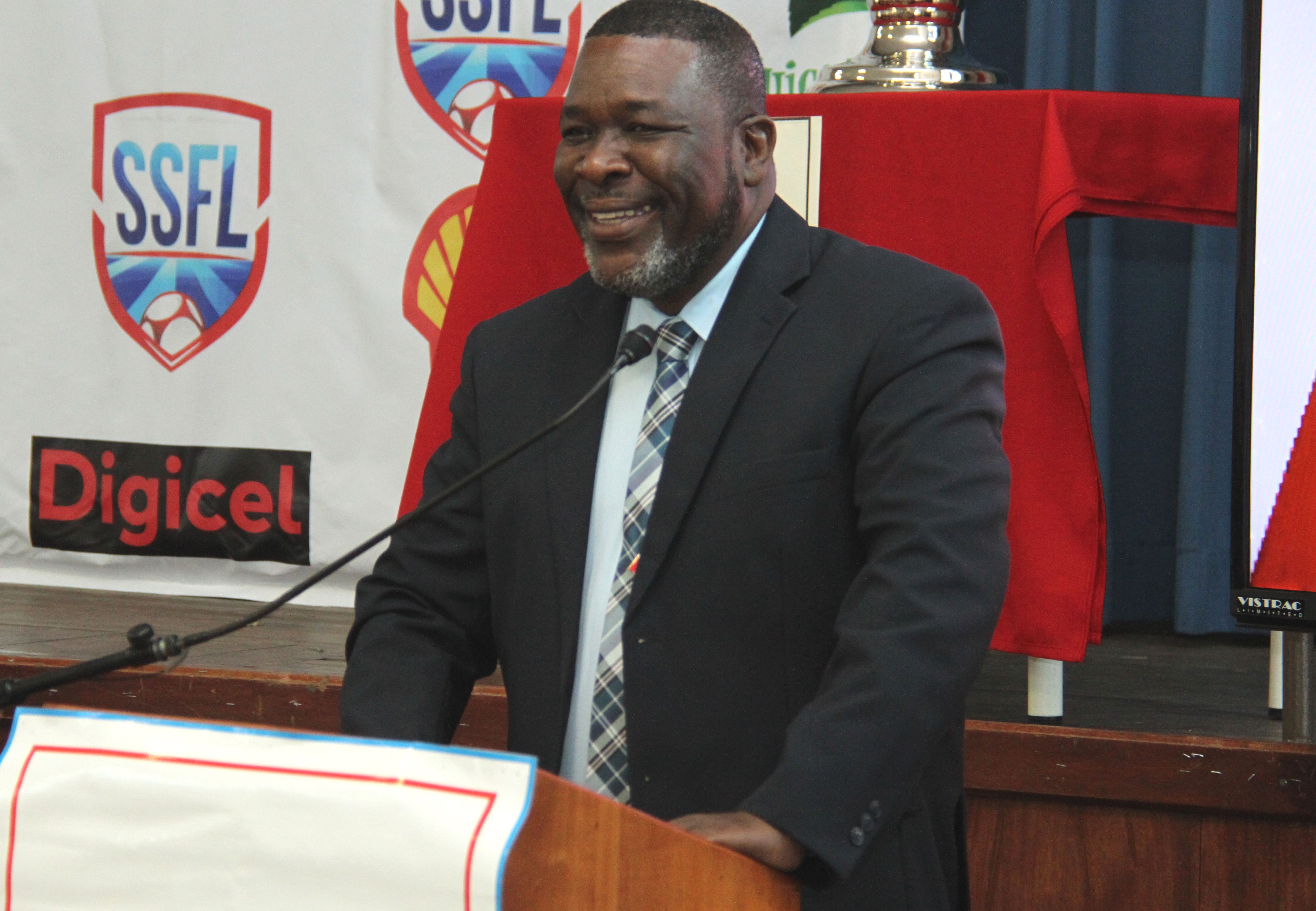 Wallace resigns as SSFL president.