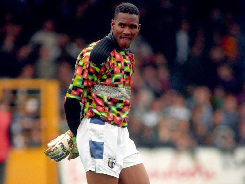 Shaka Hislop inducted into Reading FC's Hall of Fame